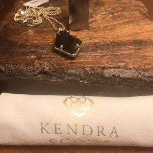 Kendra Scott Jewelry - NWT Kendra Scott Gold Lilith Necklace in Black!!